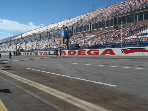 Talladega NASCAR Package April 2019 Tickets and Hotel