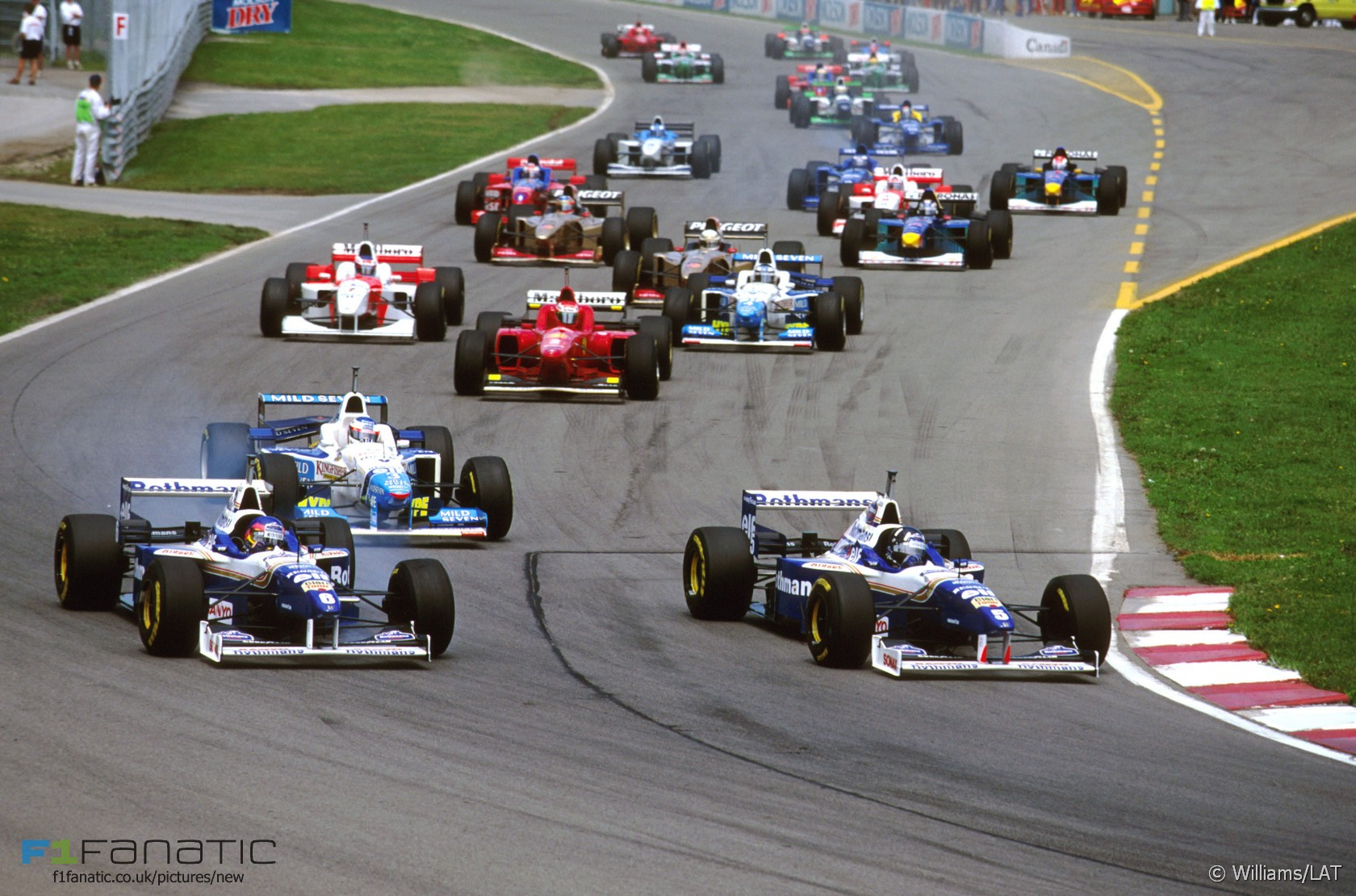 hight resolution of start canadian grand prix 1996 circuit gilles villeneuve montreal