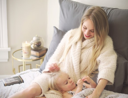 Family cuddle time with fashion lifestyle blogger Rachael Burgess.