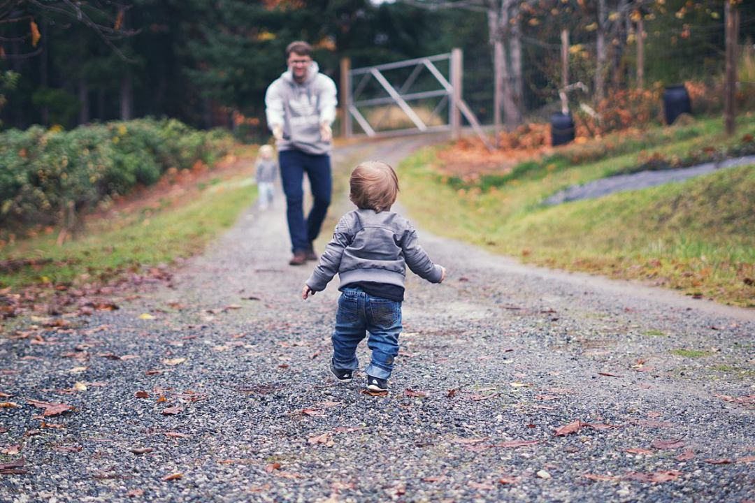 Easy to Setup Life Insurance for Busy Moms | Rachael Burgess