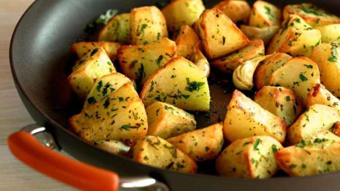Curtis Stone's Crispy Roasted Potatoes   Rachael Ray Show