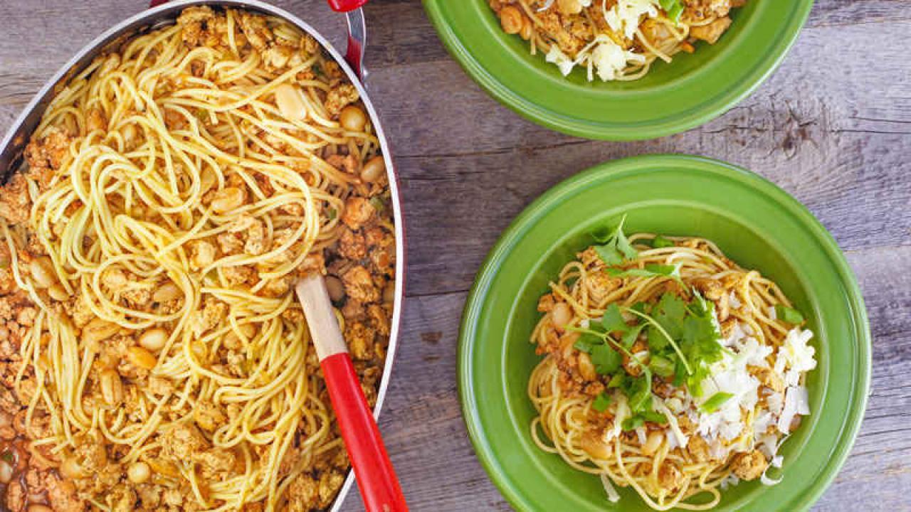 Chicken Chili Cowboy Spaghetti  Rachael Ray Show
