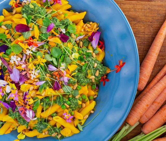 How To Make Pasta With Creamy Carrot Sauce And Peas By Rachael Rachael Ray Show