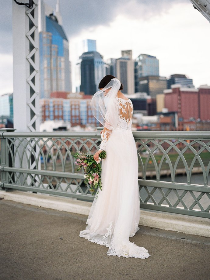 wedding  Elegant Fall Wedding In Downtown Nashville
