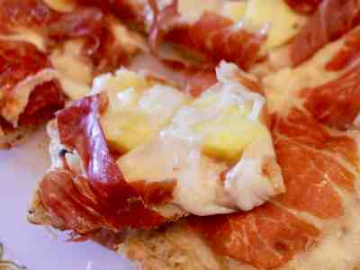 Grilled Prosciutto & Pineapple Pizza