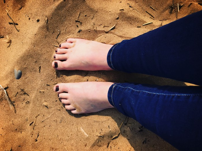 #TheOrdinaryMoments - Feel The Sand Between Your Toes