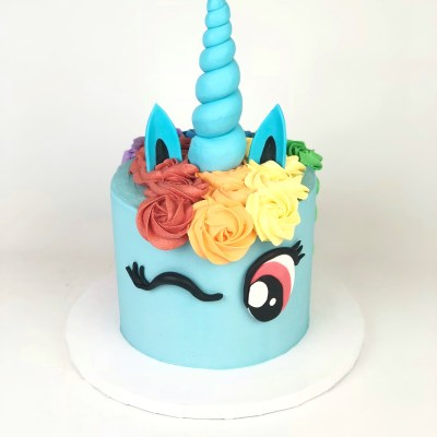 Rainbow Dash Unicorn Cake