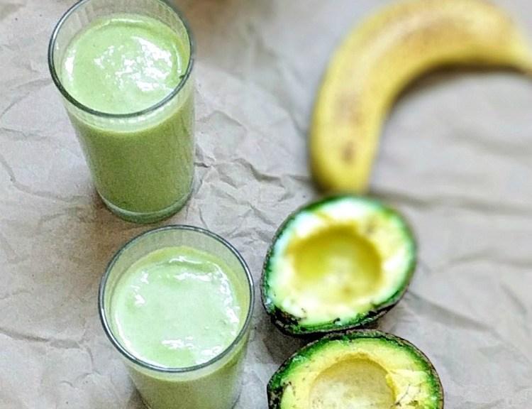 banana and avocado smoothie