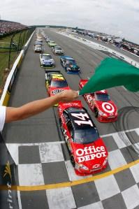 2010_Pocono_Aug_NSCS_race_start