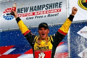 2010_NHMS_Sept_NSCS_race_Clint_Bowyer_Victory_Lane