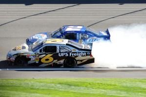 2010_Auto_Club_Oct_NSCS_race_David_Ragan_Kurt_Busch_HH