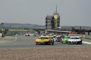 audi_motorsport-100509-1190