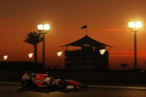 Formula One World Championship, Rd 18, Abu Dhabi Grand Prix, Race, Yas Marina Circuit, Abu Dhabi, UAE, Sunday 13 November 2011.
