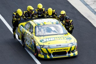 carl-edwards-car-nascar-sprint-cup-dover-june-2012