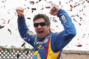 Martin-Truex-Jr-jube-Toyota-Save-Mart-NASCAR-Sprint-Cup-Series