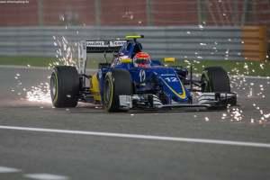 F1_Bahrain_Race_2016_08
