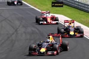 F1_Race_Ungarn_2016_11