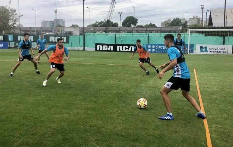 Javier García seguirá en Racing luego de arreglar la extensión de su vínculo. La Academia se aseguró la permanencia del arquero suplente de Gabriel Arias.