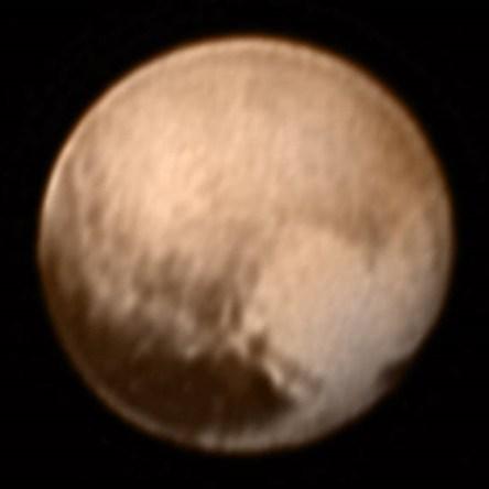 Pluto_by_LORRI_7_July_2014_Color