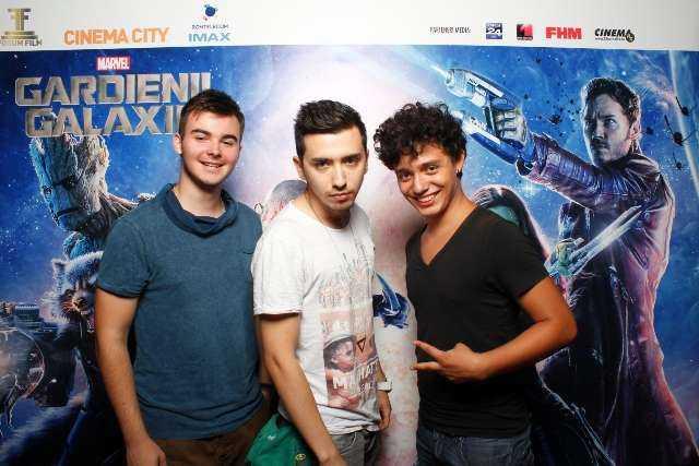 Andrei Loica, Felix Burdusa si Angelo Simonica (DeM'Boyz)