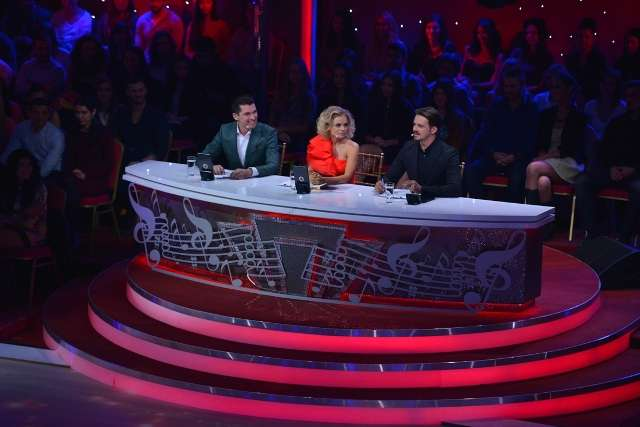 Jojo Mihai Petre danseaza printre stele