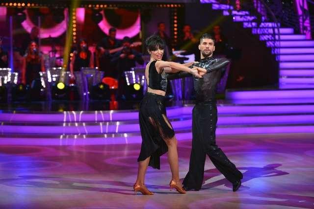 cosmina pasarin antena 1 Dansează printre stele, un show spectaculos marca Antena 1, a debutat aseară