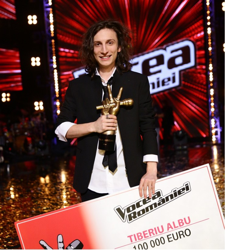 Tiberiu Albu castigatorul VOCEA ROMANIEI 2014