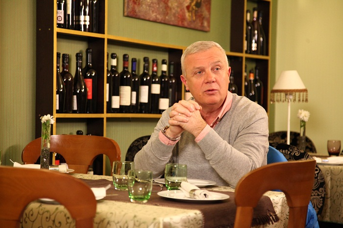 Chef Victor Melian  VINE CHEFUL, PRO TV