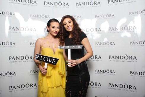 Giulia si Claudia Pavel