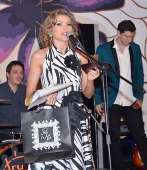 Mirela Boureanu Vaida pe scena Premiilor RADAR DE MEDIA