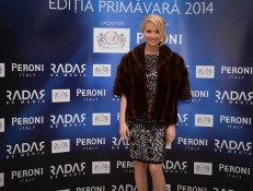 GALA PREMIILOR RADAR DE MEDIA 2014 (29) LAURA COSOI