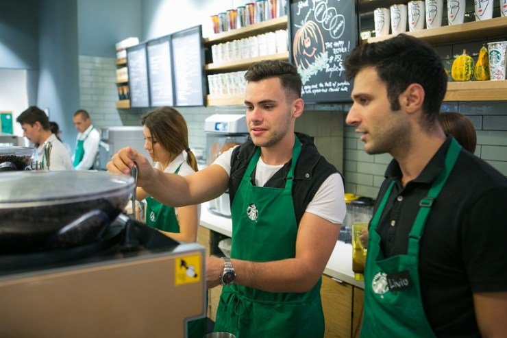 Mircea Eremia & Barista Starbucks