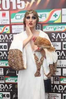 IULIA ALBU KANAL D 2 - PREMIILE RADAR DE MEDIA 2015