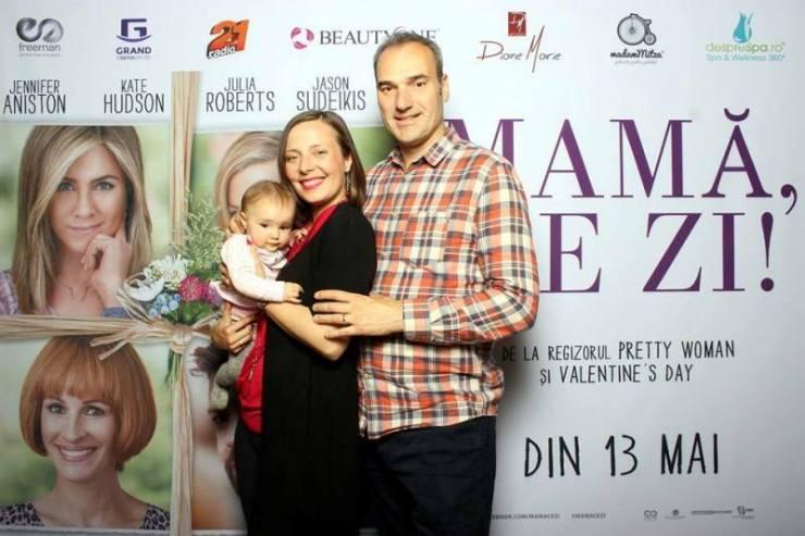 Roxana Iliescu - Mama ce zi