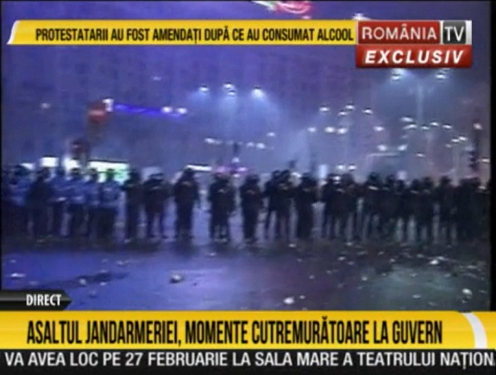 romania-tv-protest-1