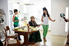 CAND MAMA NU-I ACASA, SERIAL, HAPPY CHANNEL (4)
