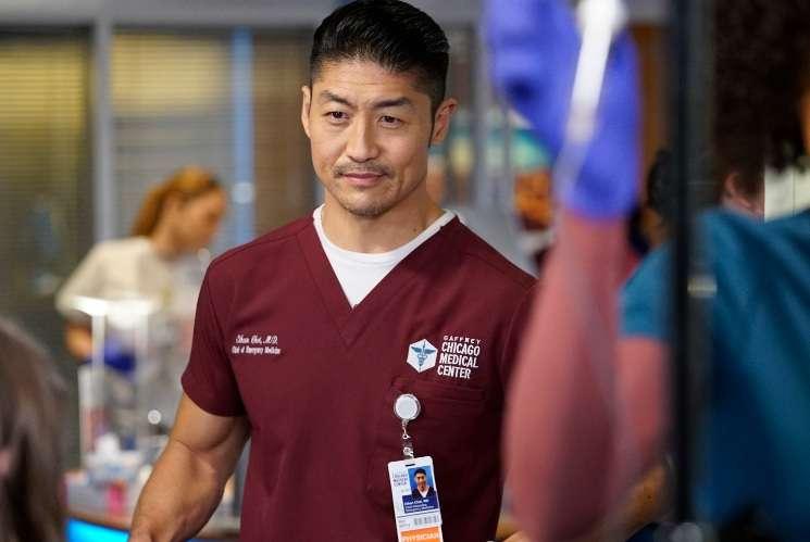 """Interviu cu actorul Brian Tee, Dr. Ethan Choi din serialul """"Camera de gardă"""""""