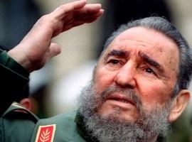 Morre Fidel Castro, ex-presidente de Cuba, aos 90 anos.