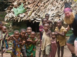Lutador deixa UFC para evangelizar em uma tribo no Congo