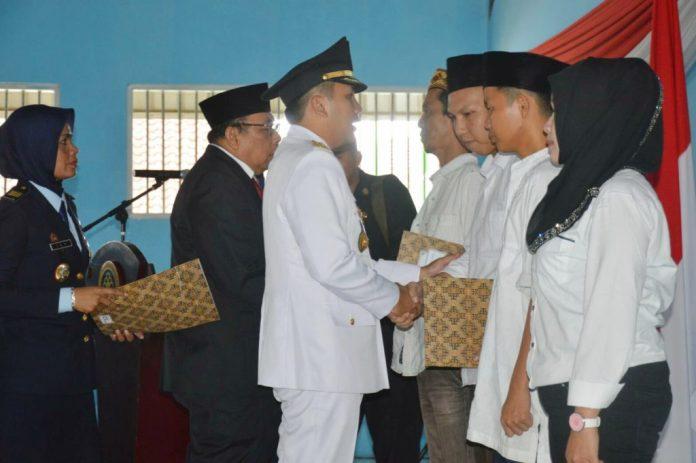 Sebanyak 3310 Narapidana di Proinsi Lampung Memperoleh Remisi Umum Pada Peringatan HUT RI Ke-71