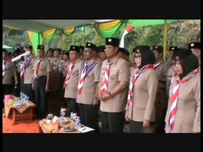 Bupati Bambang Pimpin Upacara HUT Pramuka
