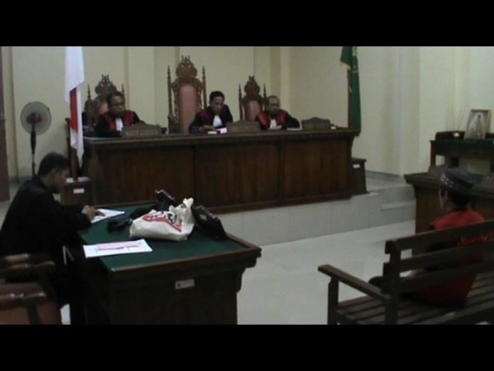Terdakwa Pencabulan Siswi Smp Divonis 6 Tahun