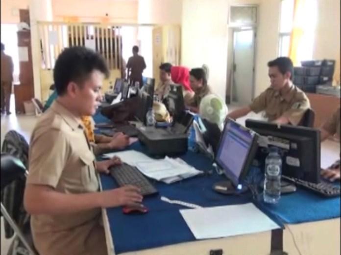 Ribuan Warga Lampung Timur Belum Lakukan Perekaman E-KTP