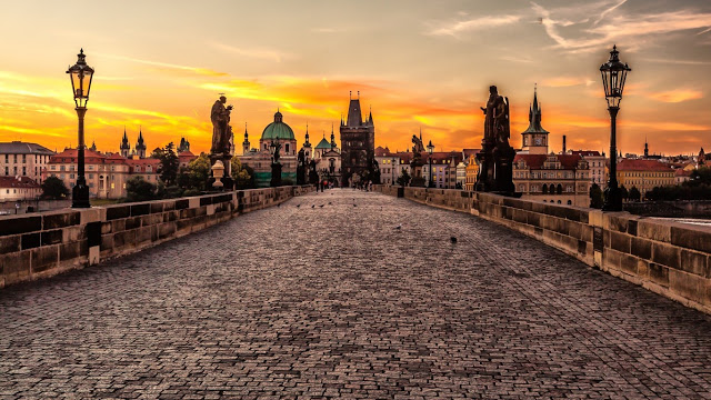 europe_prague_czech_republic_cities_charles_bridge_1366x768_66295