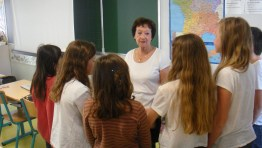 Edith Moskovic rencontre les enfants de CM2 de l'école Jules Verne à Montpellier le 120514