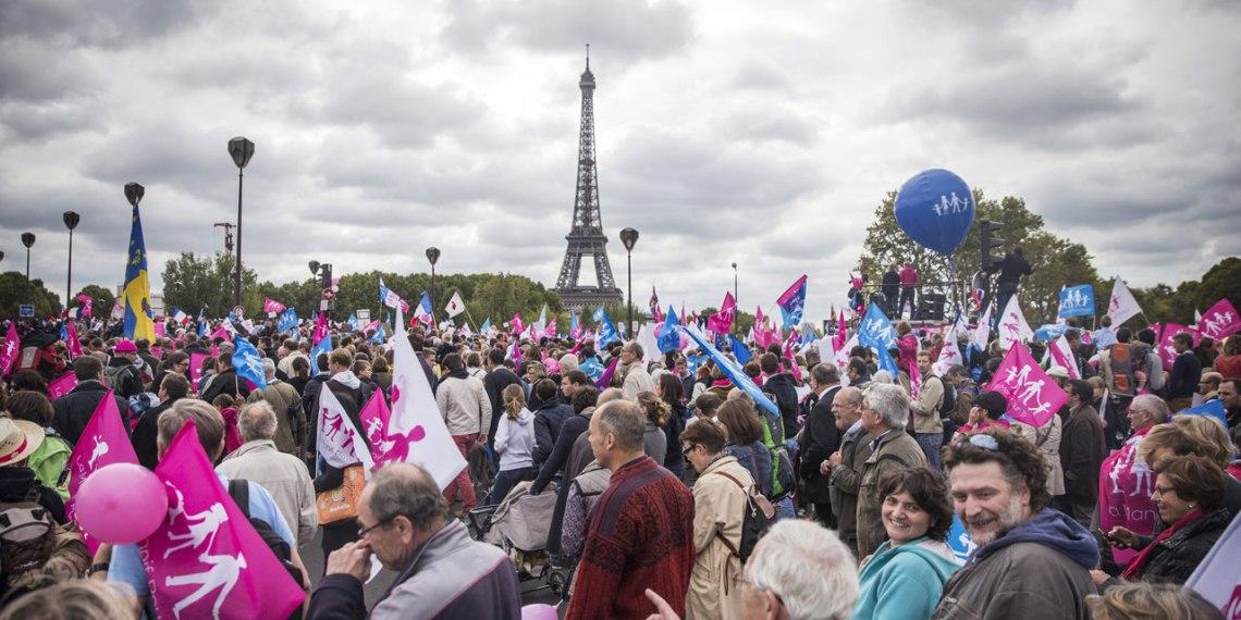 05.10-Les-manifestants-de-la-Manif-pour-tous-le-5-octobre-a-Paris.-1280