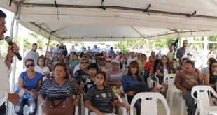 Alcalde de La Paz cumple con los vecinos de Chametla