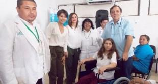 Entrega DIF y Beneficencia Pública Sillas de Ruedas a Personas Discapacitadas