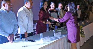 Celebra sindicato administrativo de la UABCS, 37 años de vida