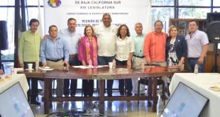Diputados sostienen reunión de trabajo con funcionarios municipales